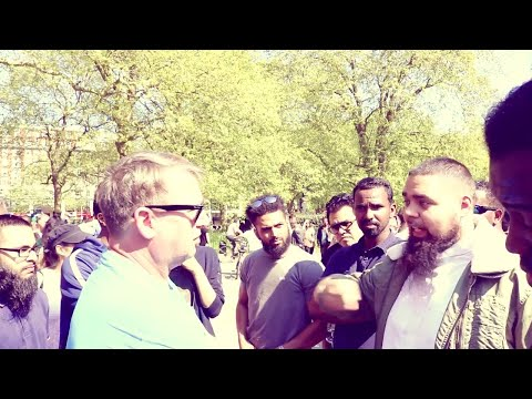 Discussion on Foreign policy, Isis, Saudi Arabia & Yemen In Hyde Park Speakers Corner