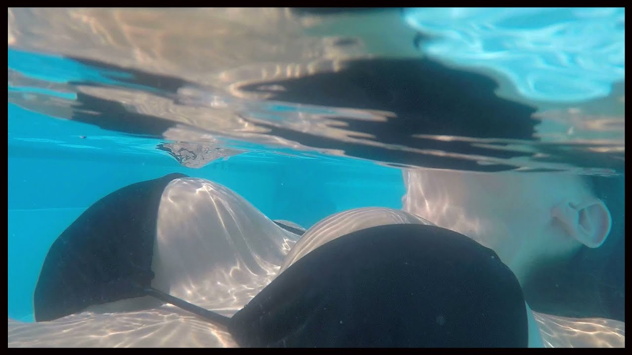 Gopro 4 Black Bikini Girl - Narrow View Underwater Test -9176