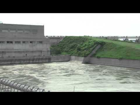 Missouri River Dams - History and Safety