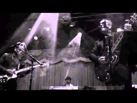 Elvis Costello / Roots Live in Las Vegas March 15, 2014 Brooklyn Bowl [Audio Only]