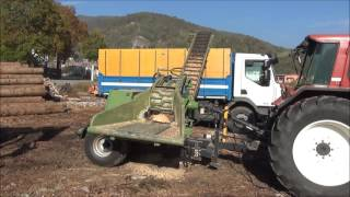 Pezzolato drum wood chipper mod. PTH 500 G,  powered by 130 Hp tractor