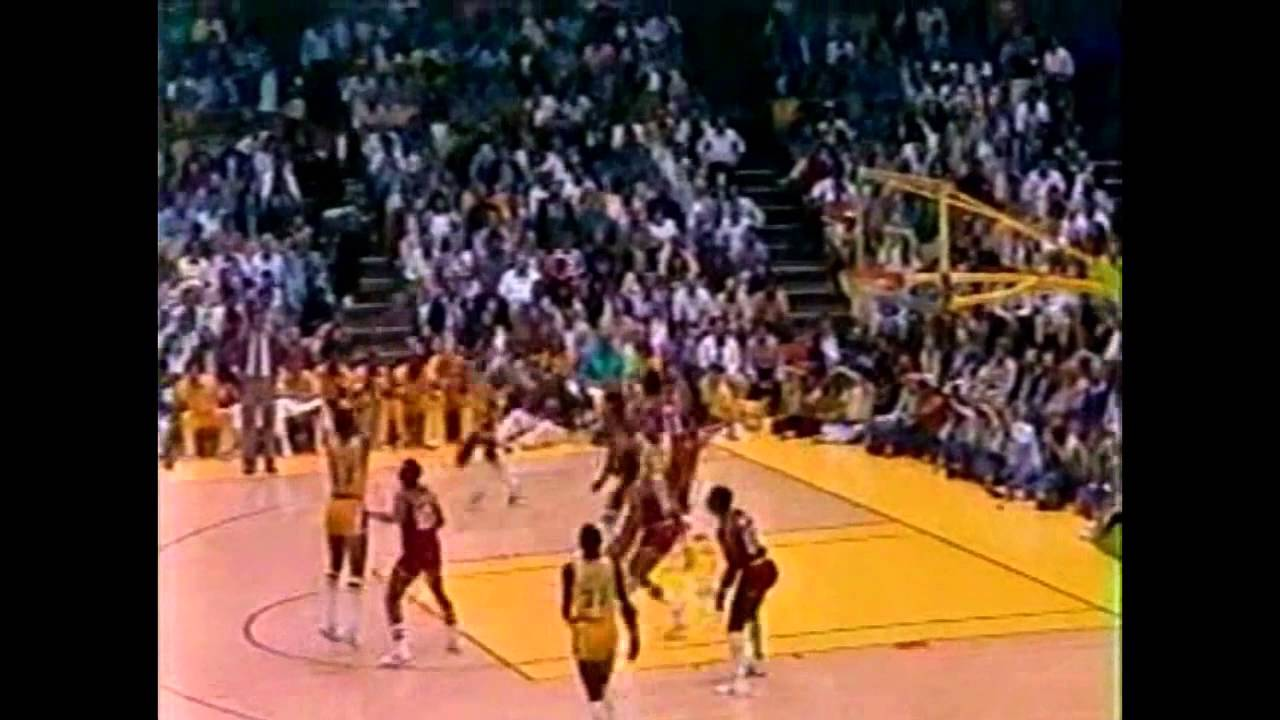 1982 NBA Finals - Philadelphia 76ers vs Los Angeles Lakers ...