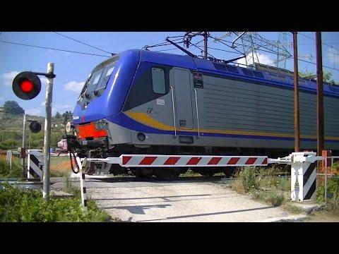 Spoorwegovergang Pistoia (I) // Railroad crossing // Passaggio a livello