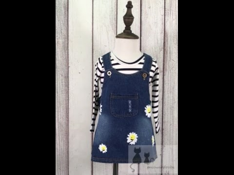Daisy Printed Denim Dungaree Dress - meowardrobe.com