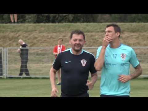Nikola Kalinić i Ivan Santini uoči Islanda