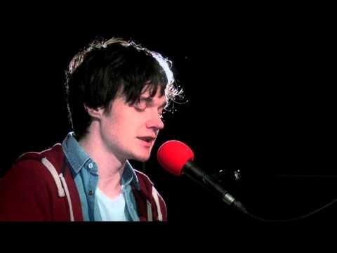 Hywel Pitts - Cyfres Newydd Y Lle