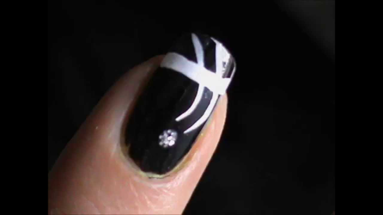 One Minute Nail Tutorial Short Nail Art Designs Youtube