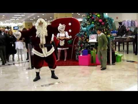 Santa Claus bailando oppa gangnam style