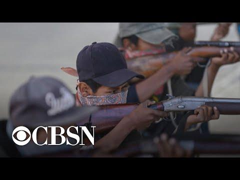 Armed kids shine light on Mexico's drug cartel violence