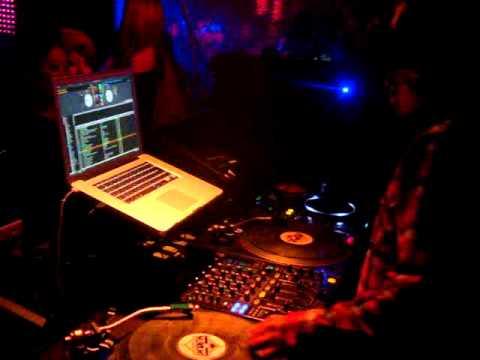 DJ MINAMI 1 @ GIRAFFE Osaka, Japan  Boomboxglobal Sway Beatz Atmosphere JAPAN Tour 2010