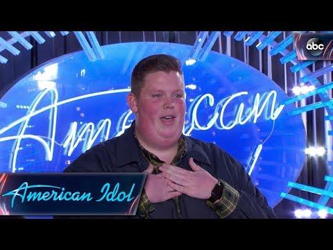 Katy Perry & Noah Davis' Secret Language: WIG?! - American Idol 2018 on ABC