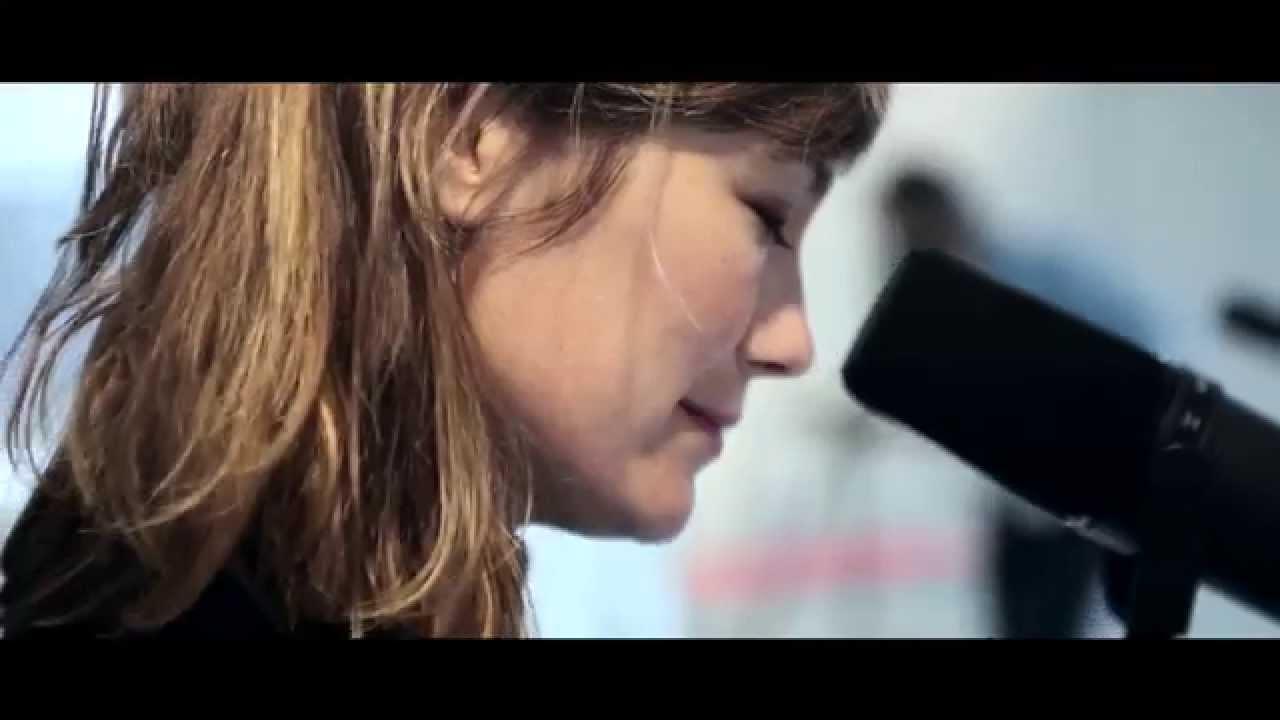 Courrèges Music Live Session // Mina Tindle - Dehors
