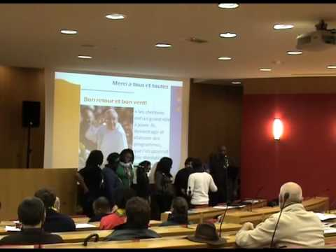 Groupe de  Louange  N'Joy  lors de la 1ère rencontre nationale monde populaire