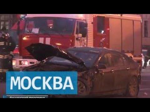 ДТП троллейбуса и 7 машин парализовало Ленинский проспект в Москве