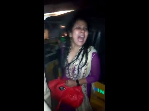 Drunk woman scolding telangana people abuse words in Hyderabad