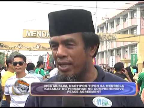 Muslims gather in Mendiola supporting Comprehensive Peace Agreement