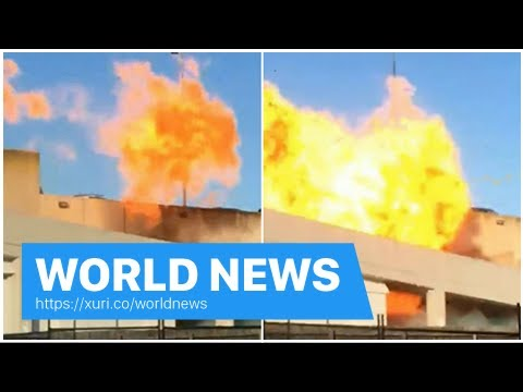 World News - A large gas explosion erupt at Melbourne shopping centre
