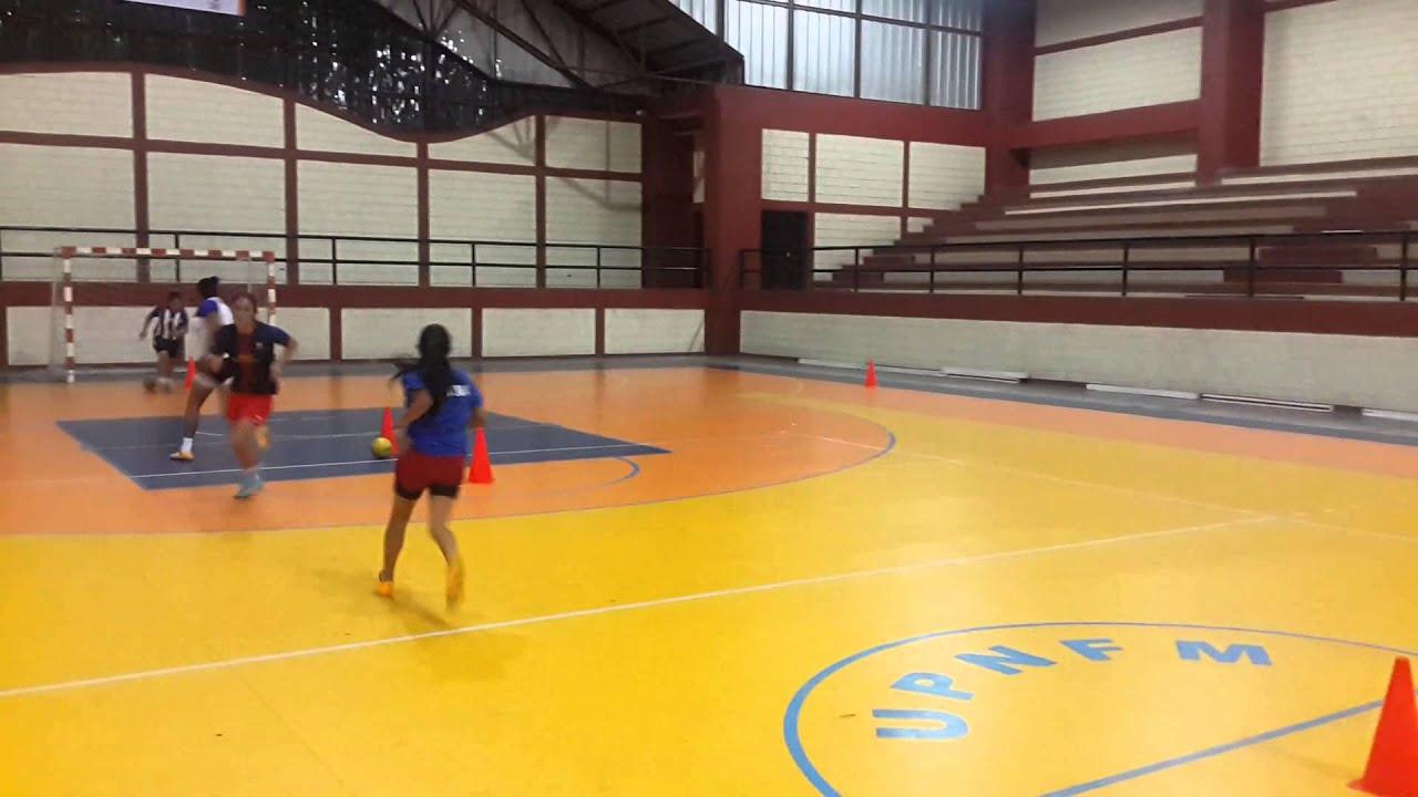 Entrenamiento Futbol Femenino