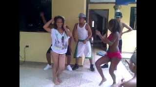 Jefe Con Seña (JCS) En cura bailando de...