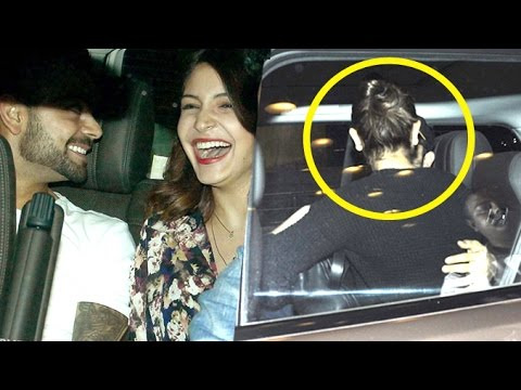 Anushka Sharma KISSING Virat Kohli At Airport