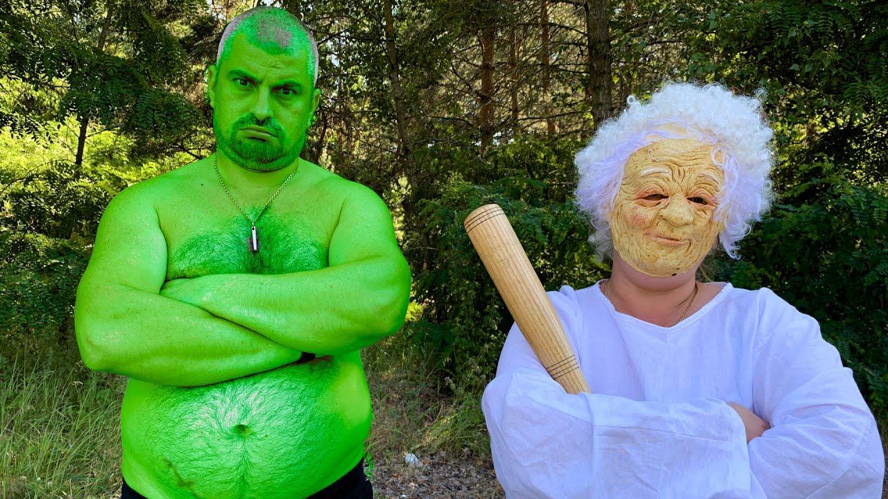 Granny and Hulk Play Hide and Seek