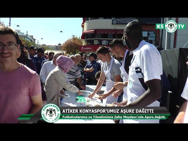 Futbolcularımız ve Yöneticilerimiz Zafer Meydanı'nda Aşure Dağıttı