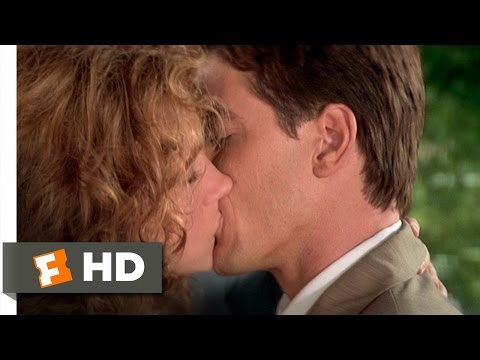 My Best Friend's Wedding (6/7) Movie CLIP - Choose Me (1997) HD