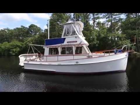GRAND BANKS 32 Sedan Trawler 1970 SEA TO SEE