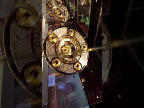 Pokale  Bayern München Museum Allianz Arena