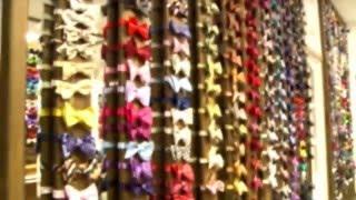 Магазин  Bow Tie House в Киеве(Ссылка на данное видео https://youtu.be/9F-hj2iueGM Выбрать галстук-бабочку http://tie.com.ua/babochki/ Посмотреть галстуки http://tie.com...., 2016-01-19T15:26:02.000Z)