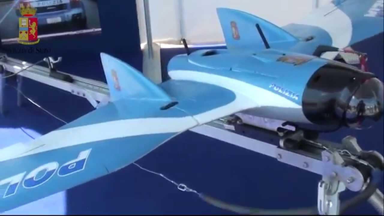 Roma drone expo show la polizia di stato presenta il for Polizia di stato roma permesso di soggiorno