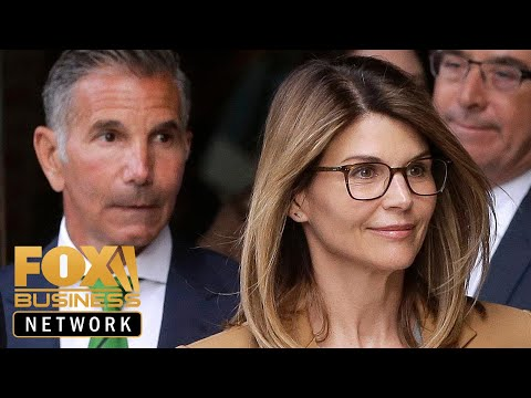 Loughlin formally pleads not guilty in college admissions scam thumbnail