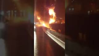 Video 12/17/2016 Interstate 95 Tractor Trailer Explosion Icy Roads Crash South Baltimore download MP3, 3GP, MP4, WEBM, AVI, FLV Agustus 2018