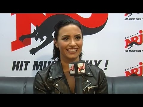 "Demi Lovato Responds To AWKWARD ""Favorite Dish"" Interview Answer"