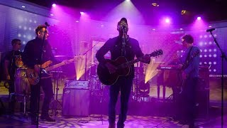 Hootie & the Blowfish perform 'Time' - Live