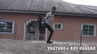 Incredible dance moves /he is made of rubber