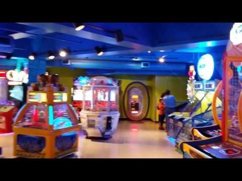Video Game Arcade Tours - Games! by Namco (Mall of America, Minneapolis, MN)