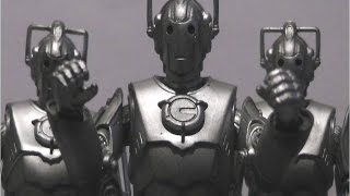 Doctor Who Action Figure Review: Series 2 Cyberman (2006)