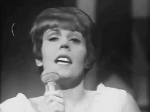 HELEN REDDY - CALL ME - ORIGINALLY RECORDED BY PETULA CLARK AND CHRIS MONTEZ