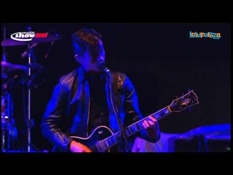 Arctic Monkeys - Fluorescent Adolescent (São Paulo 2012) [lyrics/legendado]