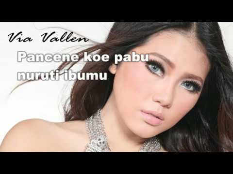 Via Vallen - Kimcil Kepolen (Lyric)