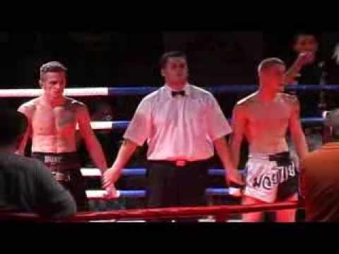 Noc Bojovníků 2008 - Thaibox - Zápas o mistra ČR v thaiském boxu - 2. část