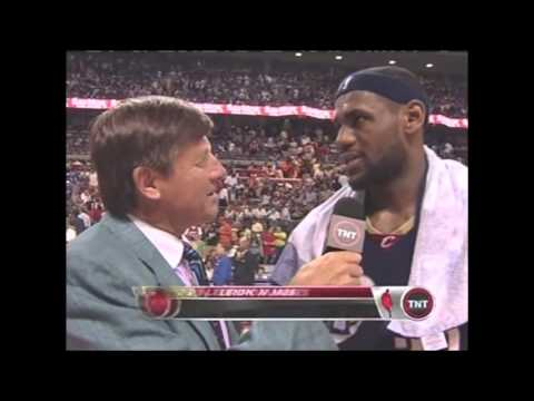 Lebron James vs Pistons Game 2 Playoff 2007 (May 24, 2007)