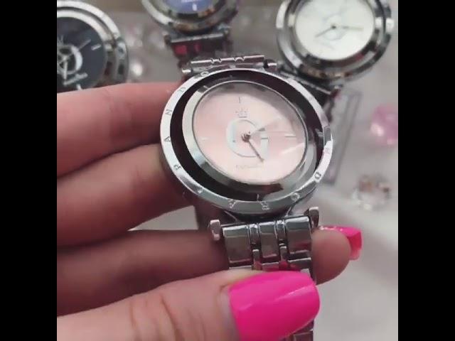 Женские часы Pandora с крутящимся циферблатом