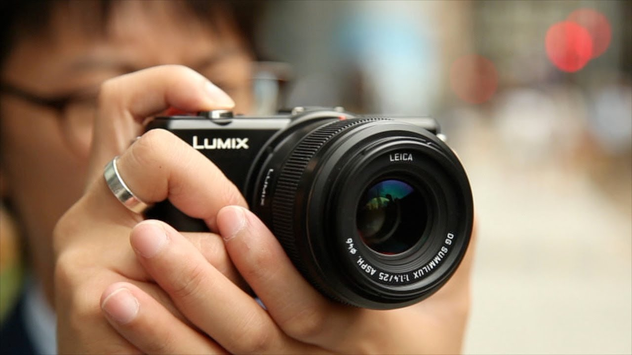 Panasonic Leica 25mm f/1 4 Summilux review
