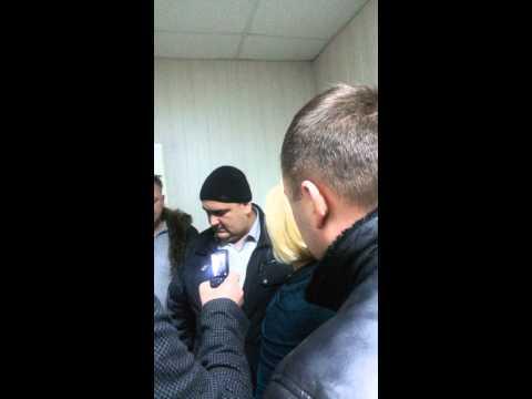 Незаконное задержание в г. Таганрог в зале суда