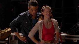 Glee - Kitty and Jake teach New Directions to twerk 5x05