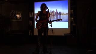 4. Alex Carlin с концертом в теплой компании Типографии(, 2014-04-22T19:10:19.000Z)