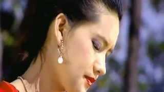 Tika Pun New Nepali LOkdohori geet 2013 Timlai Bhetna Aauchhu