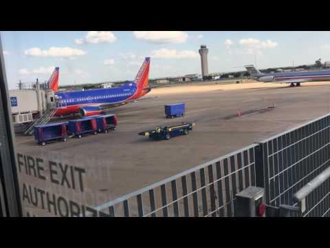 Austin-Bergstrom International Airport Spottng and Tour